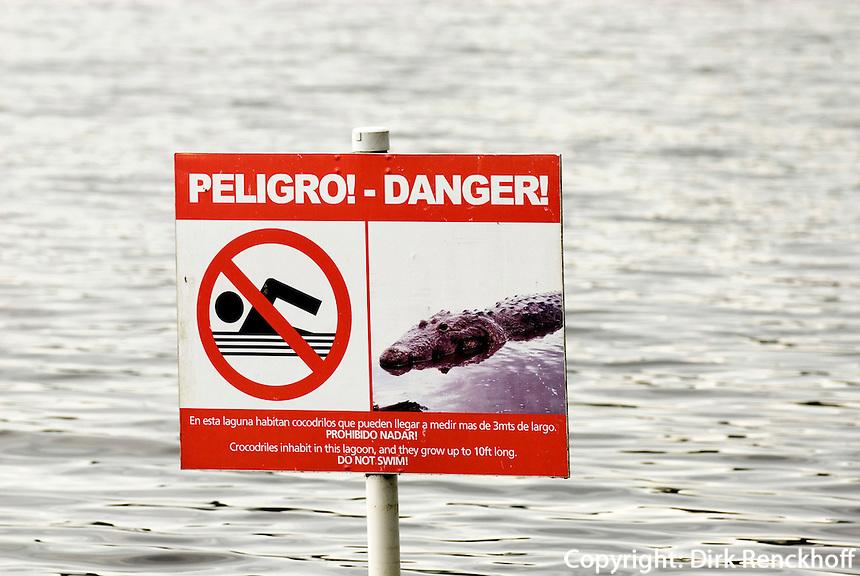 Guatemala, im Peten, Krokodilwarnung