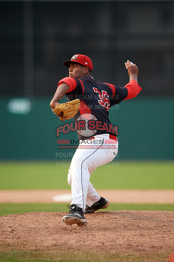 Batavia Muckdogs relief pitcher Alberto Guerrero (36) delivers a pitch during the second game of a doubleheader against the Mahoning Valley Scrappers on September 4, 2017 at Dwyer Stadium in Batavia, New York.  Mahoning Valley defeated Batavia 6-2.  (Mike Janes/Four Seam Images)