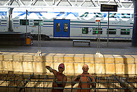 milano, quartiere rogoredo - santa giulia, periferia sud-est. lavori alla stazione ferroviaria --- milan, rogoredo - santa giulia district, south-east periphery. workers at the railways station