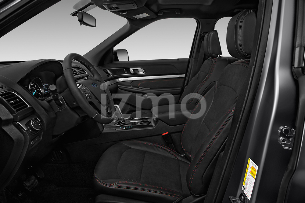 Front seat view of a 2018 Ford Explorer XLT 5 Door SUV front seat car photos
