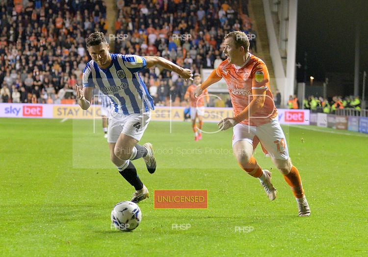 14/09/2021 Sky Bet Championship Blackpool v Huddersfield Town  <br /> <br /> Shane Lavery attack