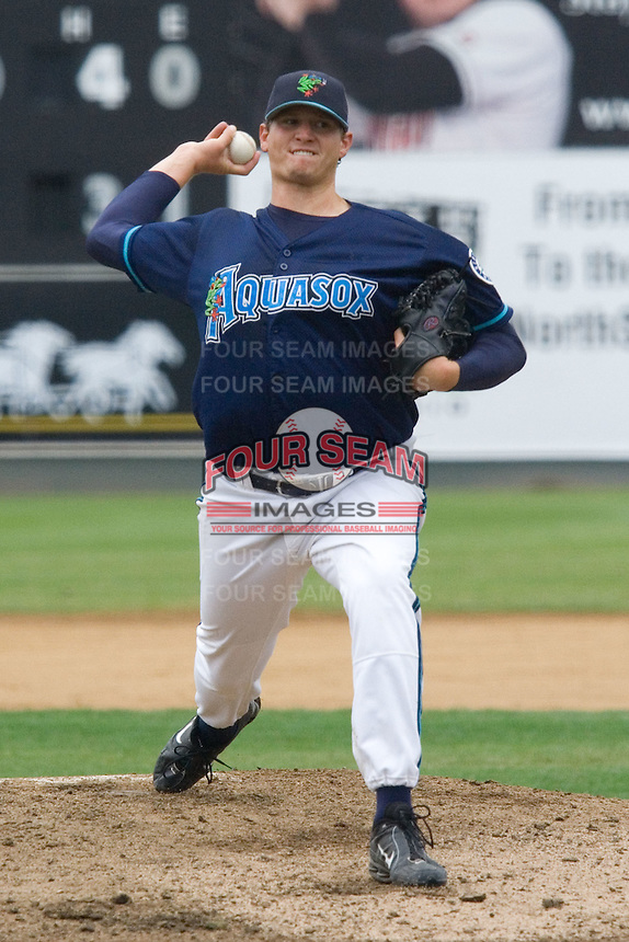 August 7, 2007: RHP Robert Harmon of the Everett AquaSox releases a pitch during a Northwest League game at Everett Memorial Stadium in Everett, Washington.