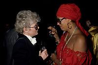 File - Francine Grimaldi et Suzanne Levesque circa 1986<br /> <br /> <br /> Photo : Pierre Roussel - Agence Quebec Presse