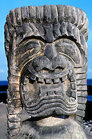 Kii (tiki) at Puuhonua O Honaunau National Historical Park (City of Refuge)