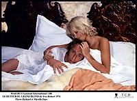 Prod DB © Gaumont International / DR<br /> LE RETOUR DU GRAND BLOND (LE RETOUR DU GRAND BLOND) de Yves Robert 1974 FRA<br /> avec Pierre Richard et Mireille Darc