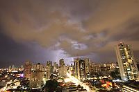 Projeto Cremação 360º<br />Chuvas e Raios caem sobre a cidade.<br />Rua dos Mundurucus