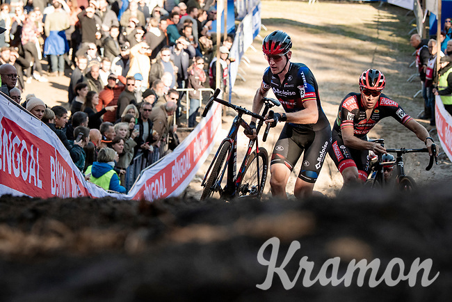 Toon Aerts (BEL/Baloise Trek Lions) in the infamous Zonhoven 'Pit'<br /> <br /> Elite Men's Race<br /> 2021 UCI cyclo-cross World Cup - Zonhoven (BEL)<br /> <br /> ©kramon