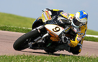 AMA Daytona Sportbike rider Danny Eslick races to victory in Saturday's race at the Tornado Nationals at Heartland Park Topeka, in Topeka, Kansas, August 1, 2009. (Photo by Brian Cleary/www.bcpix.com)