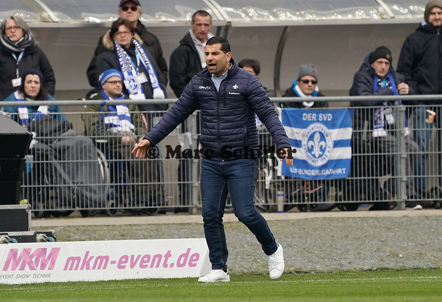 Trainer Dimitrios Grammozis (SV Darmstadt 98) - 07.03.2020: SV Darmstadt 98 vs. VfL Bochum, Stadion am Boellenfalltor, 2. Bundesliga<br /> <br /> DISCLAIMER: <br /> DFL regulations prohibit any use of photographs as image sequences and/or quasi-video.