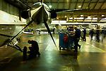 12 gennaio 2012, ore 11,58,Genova Sestri, Piaggioaero <br /> operatori eseguono test di collaudo a terra del velivolo P. 180 Avanti II