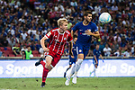 Bayern Munich Defender Felix Gotze (L) and Chelsea Forward Alvaro Morata (R) during the International Champions Cup match between Chelsea FC and FC Bayern Munich at National Stadium on July 25, 2017 in Singapore. Photo by Marcio Rodrigo Machado / Power Sport Images