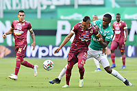 PALMIRA – COLOMBIA, 21-03-2021: Luis Miranda del Tolima disputa el balón con Andres Colorado del Cali durante el partido entre Deportivo Cali y Deportes Tolima por la fecha 13 de la Liga BetPlay DIMAYOR 2021 jugado en el estadio Deportivo Cali de la ciudad de Palmira. / Luis Miranda of Deportes Tolima vies for the ball with Andres Colorado of Cali during match between Deportivo Cali and Deportes Tolima for the date 13 as part of BetPlay DIMAYOR League 2021 played at the Deportivo Cali stadium in Palmira city. Photos: VizzorImage / Nelson Ríos / Cont.