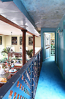 mezzanine's hallway