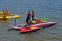 """What is the """"World's Greatest Backup Driver"""" Mike Monahan, GP-93 """"Renegade"""" saying here?  (Grand Prix Hydroplane(s)"""