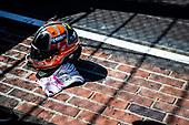 #06: Helio Castroneves, Meyer Shank Racing Honda helmet and gloves