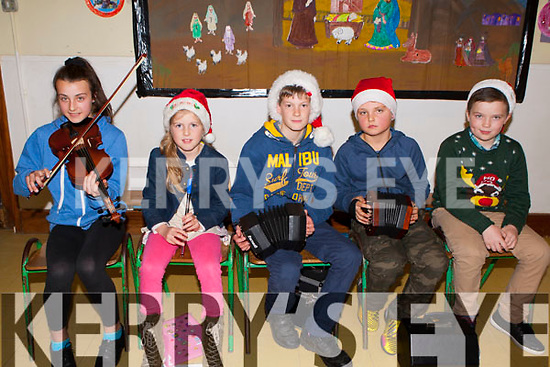 Rachel Doherty, Ava O'Mahony, Ronan O'Mahony, Adam Doherty and Mark Long playing the tunes at the Two Mile NS rambling house in the school on Friday evening