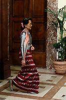 L'attivista birmana e vincitrice del Premio Nobel per la Pace Aung San Suu Kyi arriva ll'incontro col Presidente del Consiglio a Palazzo Chigi, Roma, 28 ottobre 2013.<br /> Burmese opposition leader and Nobel Prize laureate Aung San Suu Kyi arrives to meet Italian Premier Enrico Letta at Chigi Palace, Rome, 28 October 2013.<br /> UPDATE IMAGES PRESS/Isabella Bonotto