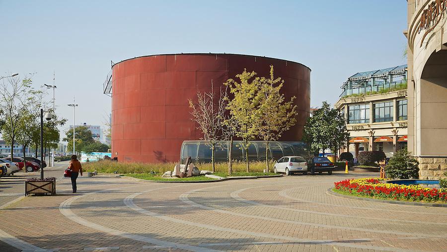APC's Remaining Kerosene Storage Tank On The Bund, Yichang (Ichang).