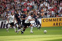Ioannis Amanatidis (Eintracht Frankfurt) setzt sich durch