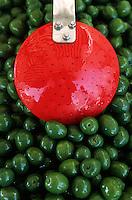 Europe/Italie/La Pouille/Locorotondo: Olives sur le marché