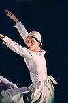 BLANK ON BLANK (création 1987 au Joyce Theater de New York City)<br /> <br /> Chorégraphie, son, lumières, costumes : Alwin Nikolais<br /> Danseurs de la compagnie : Snezana Adjanski, Joseph (jo) Blake, Chia-Chi Chiang, Juan Carlos Claudio, Ai Fujii, Trey Gillen, Caine Keenan, Melissa McDonald, Brandin Scott Steffenssen, Liberty Valentine<br /> Compagnie : Ririe - Woodbury Dance Company<br /> Lieu : Théâtre de la Ville<br /> Ville : Paris<br /> Date : 23/03/2004