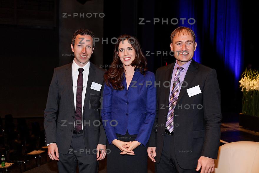 v.l.n.r. Patrik Mueller, Susanne Wille, Markus Gross<br /> am SwissMediaForum am 23. Mai 2013 im KKL Luzern<br /> <br /> Copyright © Zvonimir Pisonic