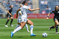 BRIDGEVIEW, IL - JUNE 5: Lynn Williams #9 of the North Carolina Courage dribbles the ball during a game between North Carolina Courage and Chicago Red Stars at SeatGeek Stadium on June 5, 2021 in Bridgeview, Illinois.