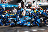 #10 Felix Rosenqvist, Chip Ganassi Racing Honda, pit stop
