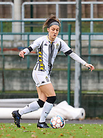 Madison Hudson (8 Charleroi) with the ball during a female soccer game between FC Femina White Star Woluwe and Sporting Charleroi on the 10 th matchday of the 2020 - 2021 season of Belgian Scooore Womens Super League , Saturday 19 th of December 2020  in Woluwe , Belgium . PHOTO SPORTPIX.BE | SPP | SEVIL OKTEM