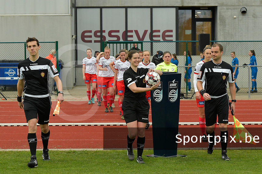 referee Irmgard Van Meirvenne (M) with assistant rereees Glenn Lakiere (L) and Toon Bonduel (R) pictured during a female soccer game between SV Zulte - Waregem and KRC Genk on the 8 th matchday of the 2020 - 2021 season of Belgian Scooore Women s SuperLeague , saturday 21 th of November 2020  in Zulte , Belgium . PHOTO SPORTPIX.BE | SPP | DIRK VUYLSTEKE