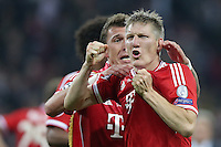 25.05.2013, Wembley Stadion, London, ENG, UEFA Champions League, FC Bayern Muenchen vs Borussia Dortmund, Finale, im Bild Jubel Bastian SCHWEINSTEIGER (FC Bayern Muenchen - 31) - b'09 nach dem Sieg im Champions League Finale mit 2-1 gegen Borussia Dortmund // during the UEFA Champions League final match between FC Bayern Munich and Borussia Dortmund at the Wembley Stadion, London, United Kingdom on 2013/05/25. EXPA Pictures © 2013, PhotoCredit: EXPA/ Eibner/ Gerry Schmit<br /> <br /> ***** ATTENTION - OUT OF GER ***** <br /> 25/5/2013 Wembley<br /> Football 2012/2013 Champions League<br /> Finale <br /> Borussia Dortmund Vs Bayern Monaco <br /> Foto Insidefoto