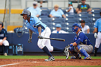 Charlotte Stone Crabs outfielder Yoel Araujo (28) at bat in front of catcher Derrick Chung during a game against the Dunedin Blue Jays on July 26, 2015 at Charlotte Sports Park in Port Charlotte, Florida.  Charlotte defeated Dunedin 2-1 in ten innings.  (Mike Janes/Four Seam Images)
