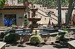 Fountain in Tlaquepaque Shoppiog Center, Sedona, Arizona.