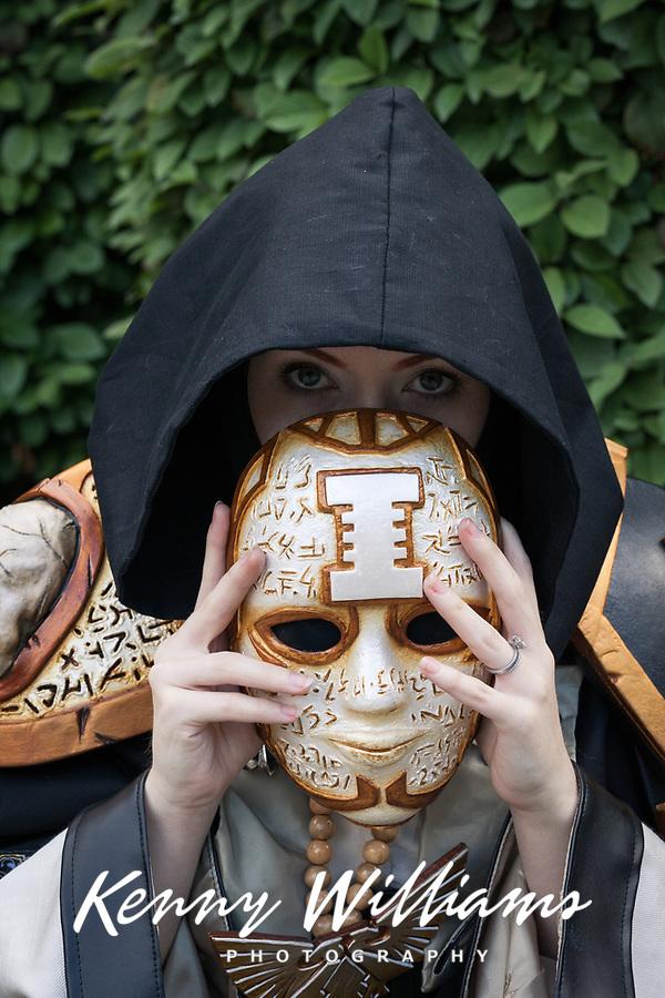 Inquisitor of Warhammer 40k cosplay by Jynx Art, Pax Prime 2015, Seattle, Washington State, WA, America, USA.