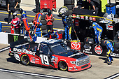 #19: Derek Kraus, McAnally Hilgemann Racing, Toyota Tundra SHOCKWAVE/ENEOS pit stop
