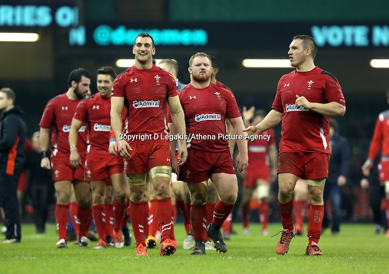 Pictured: Wales players led by (front L-R) team captain Sam Warburton, Samson Lee andGethin Jenkins, thank supporters after the final whistle Saturday 29 November 2014<br /> Re: Dove Men Series 2014 rugby, Wales v South Africa at the Millennium Stadium, Cardiff, south Wales, UK.