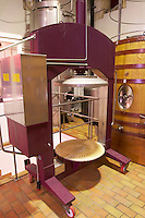 vertical basket press chateau la garde pessac leognan graves bordeaux france