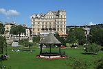 Great Britain, Bath and NE Somerset, Bath:The Empire Hotel and Parade Gardens
