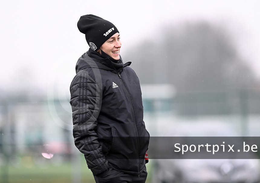 Head coach Audrey Demoustier of Woluwe pictured during a female soccer game between Club Brugge Dames YLA and White Star Woluwe on the 12 th matchday of the 2020 - 2021 season of Belgian Scooore Womens Super League , saturday 30 January 2021  in Brugge , Belgium . PHOTO SPORTPIX.BE | SPP | DAVID CATRY
