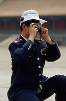 Besucher im Kaiserpalast (Gugong, Verbotene Stadt), Peking, China,  Unesco-Weltkulturerbe