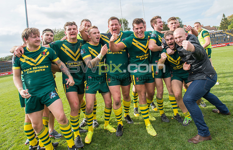Picture by Allan McKenzie/SWpix.com - 05/10/2014 - Rugby League - The Rugby League Conference Challenge Trophy Final - West Hull v East Leeds - Headingley Carnegie Stadium, Leeds, England - West Hull celebrate their victory.