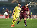 Edin Dzeko of AS Roma fights for the ball with Víctor Ruiz Torre of Villarreal CF  during the match Villarreal CF vs AS Roma, part of the UEFA Europa League 2016-17 Round of 32 at the Estadio de la Cerámica on 16 February 2017 in Villarreal, Spain. Photo by Maria Jose Segovia Carmona / Power Sport Images