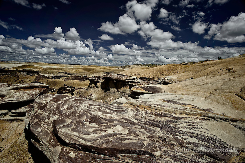 Unusual, eroded rocks and clay hills in the Ah Shi Sle Pah Wash badlands in the San Juan Basin of northwestern New Mexico.
