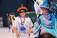 PARINTINS, AM, 30.06.2019: PARINTINS-AMAZONAS. Davi Kopenawa Yanomami, Lider Político Yanomami e atual presidente da Hutukara Associação Yanomami E Edmundo Oran, Apresentador. Apresentação do Boi Caprichoso na terceira e última noite do 54o festival Folclorico de Parintins, neste domingo (30), no bumdódromo. Parintins fica a 370 km de Manaus.<br /> Foto: Sandro Pereira/Codigo19