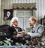 Ленин в Париже (1981)