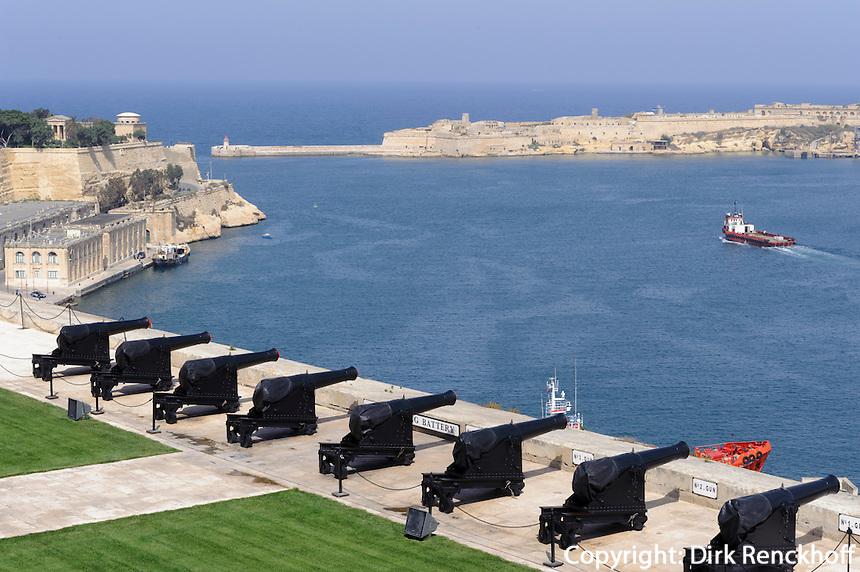 Saluting Batteries am Upper Barracca Garden in Valletta, Malta, Europa