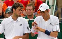 25-06-10, Tennis, England, Wimbledon, Dubbel Robin Haase en Thiemo de Bakker(r) door naar de tweede ronde