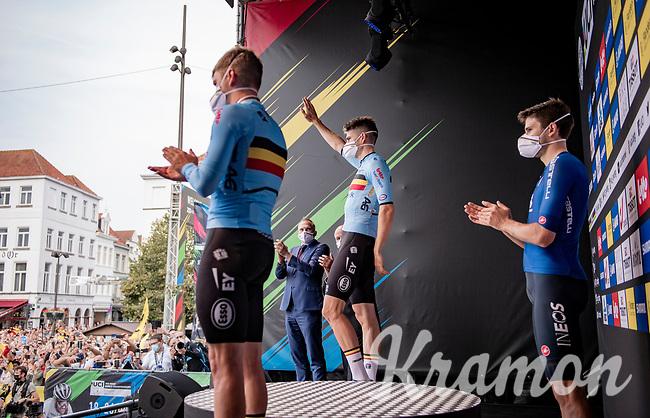 Silver medalist Wout van Aert (BEL/Jumbo-Visma) greeting the crowd<br /> <br /> Men Elite Individual Time Trial <br /> from Knokke-Heist to Bruges (43.3 km)<br /> <br /> UCI Road World Championships - Flanders Belgium 2021<br /> <br /> ©kramon
