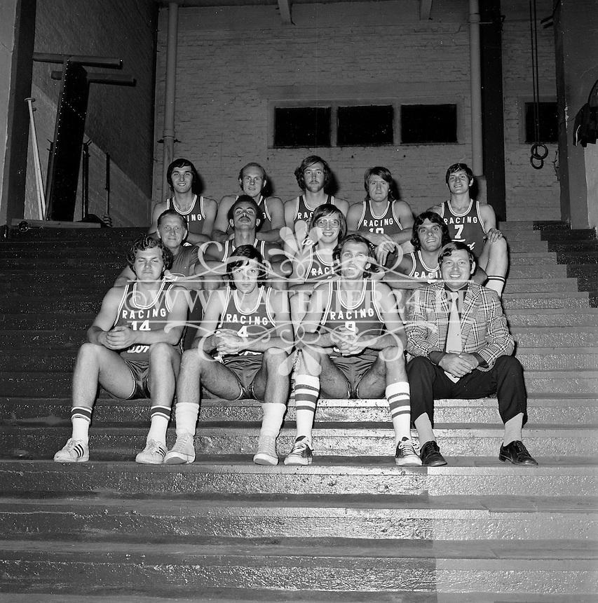 September 1972. Basketbalploeg gesponsord door Ford.