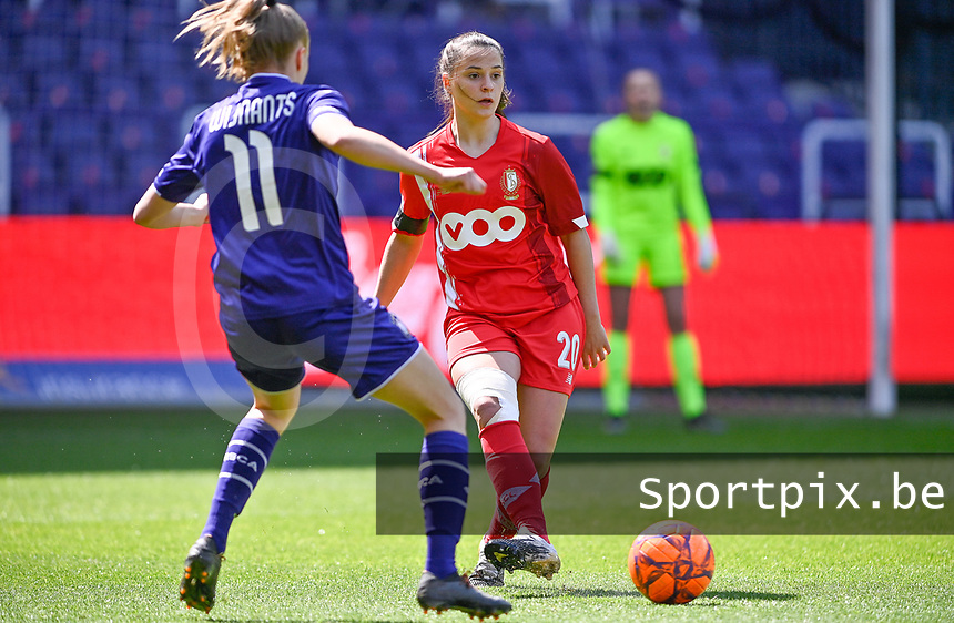 Constance Brackman (20) of Standard  pictured during a female soccer game between RSC Anderlecht Dames and Standard Femina De Liege on the third matchday of play off 1 of the 2020 - 2021 season of Belgian Womens Super League , saturday 24 th of April 2021  in Brussels , Belgium . PHOTO SPORTPIX.BE | SPP | DAVID CATRY